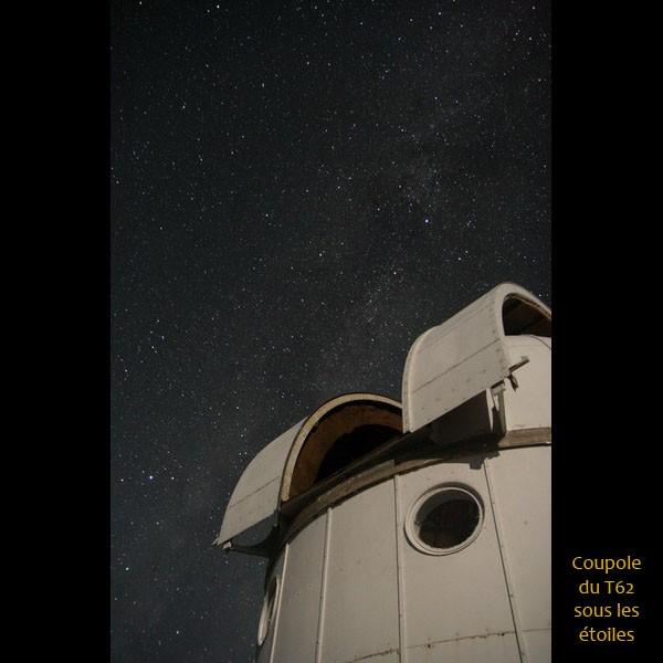 Coupole du T62 sous les étoiles